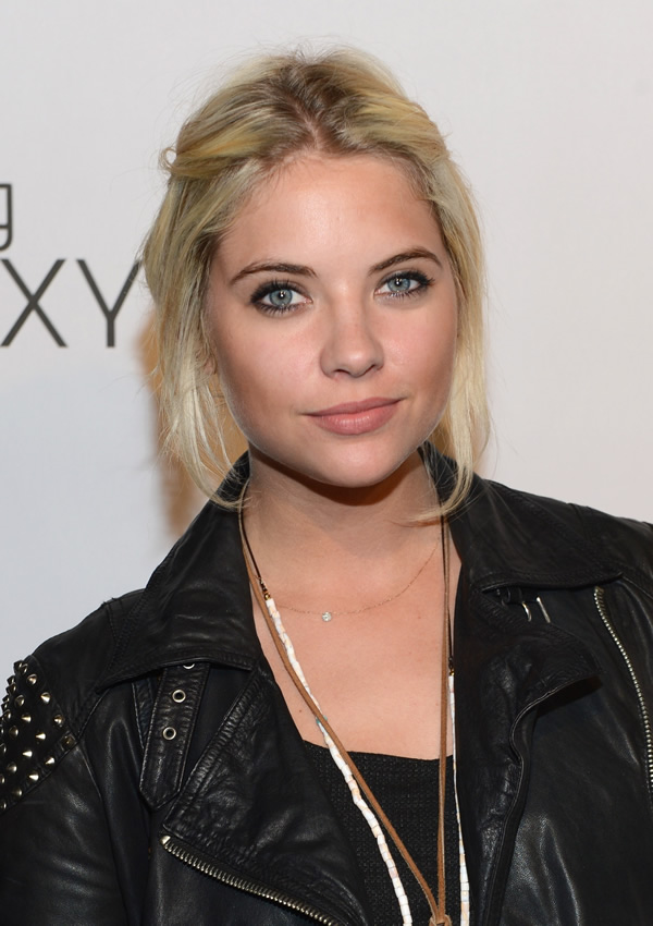 Ashley-Benson-05