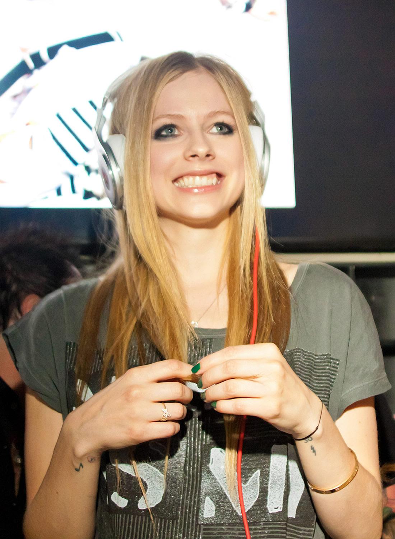 Lavigne Görüntüleri