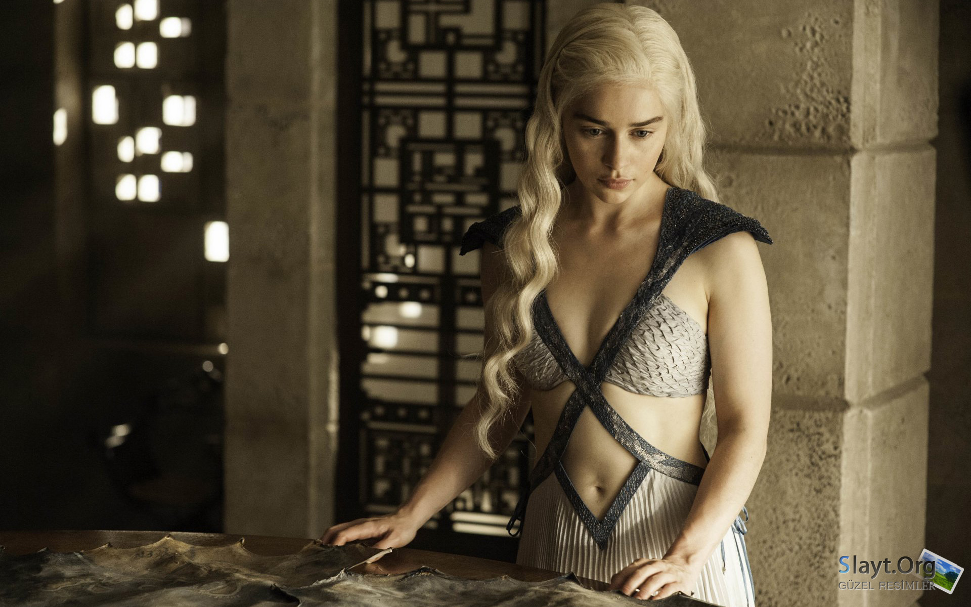 Game of Thrones - Emilia Clarke